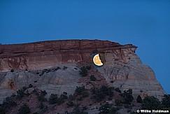 Vermillion Cliffs Moon 052116 6124