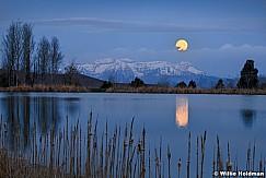 Timpanogos Moonset Pond 042918 7476