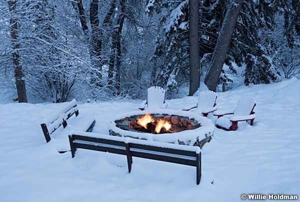 Warm Fire Cold Snow 010517 8711 2