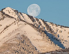 Full Moon Mill Peak 021217 4708