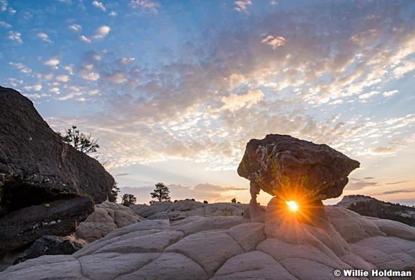 Balanced Rock Bouder Sunrise 082620 7170a 3