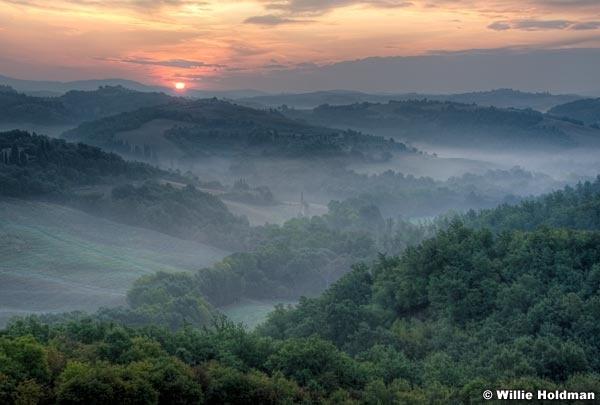 Tuscanyhillsidesunrise092309