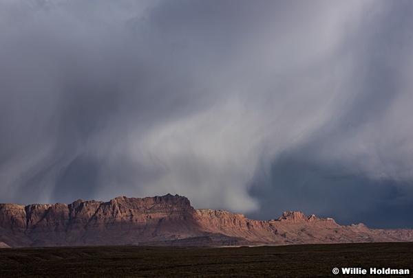 Vermillion Cliffs Storm 041016 5349